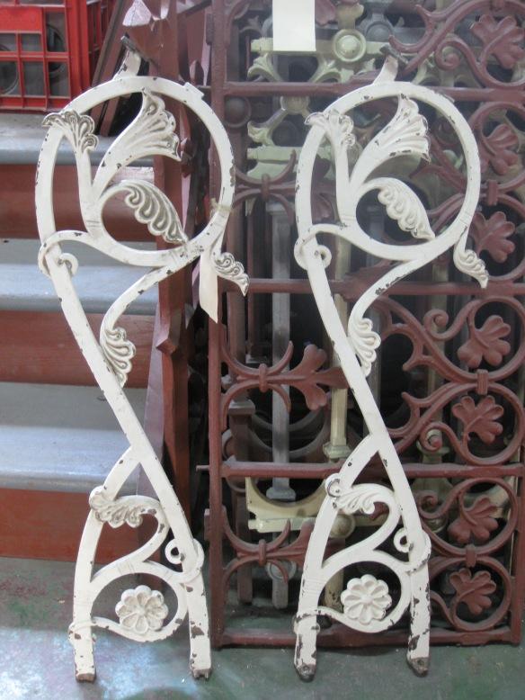 VerandaCast iron stair baluster/bannister panelsh lacework, balustrade panels