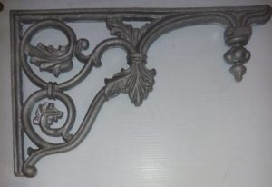 Verandah lacework corners 'Adelaide'. Corners can be recast to order at $110 each for small 290mm down the post, $140 each for large 310mm down the post in cast iron