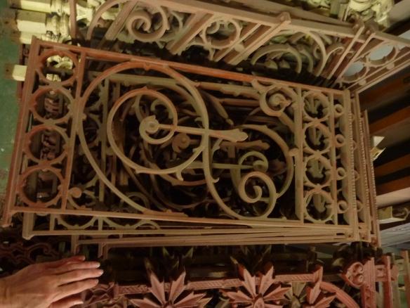 Verandah balustrade panels, cast iron, music note motif