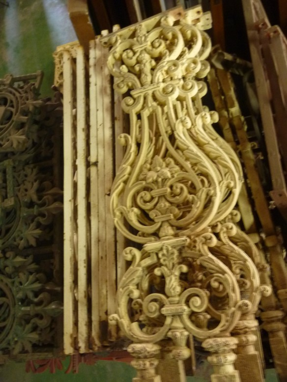 Verandah balustrade panels, cast iron salvage recycled demolition, reproduction restoration, renovation, collectable, secondhand, used, original, old, reclaimed heritage, antique restored