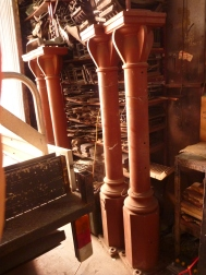 Heavy duty, industrial posts, cast iron x 4, 1885mm high, $440 each Industrial posts cast iron x 4, 1885mm high