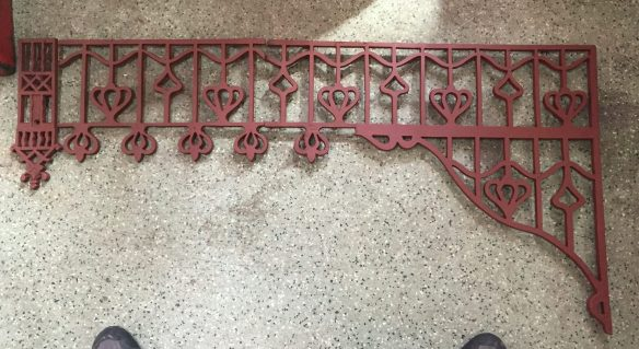 original circa 1910 verandah lacework set 16 corners w740 x h625mm, plus frieze gritblasted and primed, total length approx 18.3m
