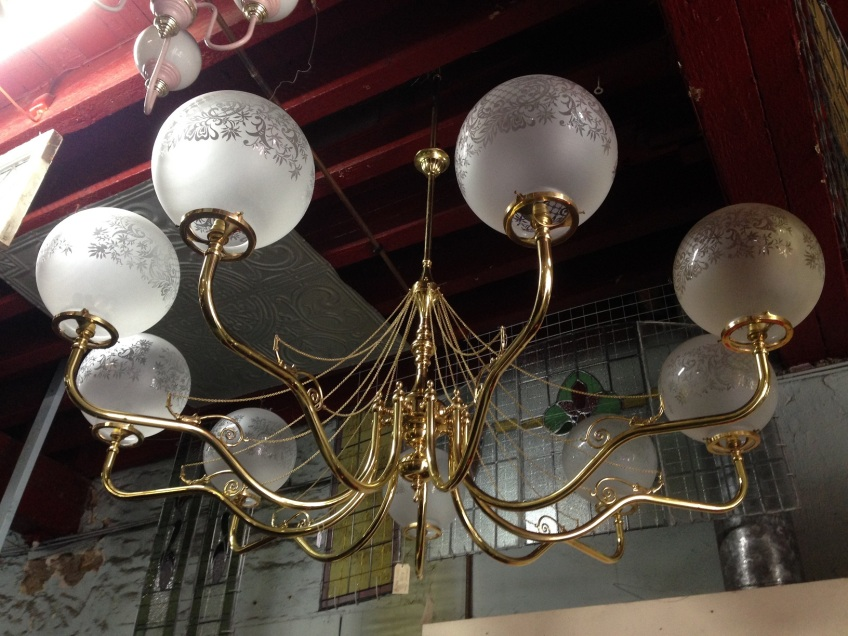 Brass 9 branch pendant light with quality chain detail, large span approx. diameter 1.7m $1200