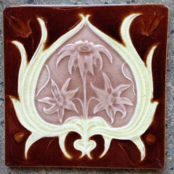 7 original fireplace tiles, 152 mm x 152 mm . $ 160 the set. set 17 salvage recycled demolition, reproduction restoration, renovation, collectable, secondhand, used, original, old, reclaimed heritage, antique restored