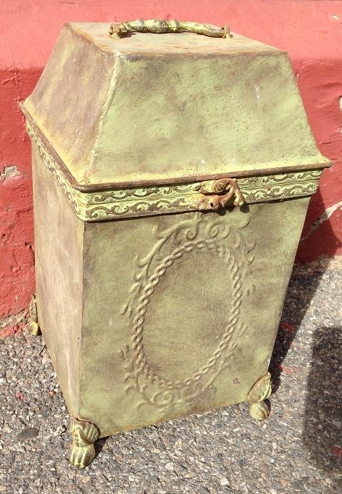 Old tin box, hinged lid, poss fireside coal storage h370 x w215 x d215mm $45 salvage recycled demolition, reproduction restoration, renovation, collectable, secondhand, used, original, old, reclaimed heritage, antique restored
