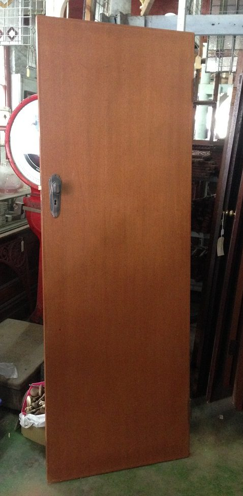salvaged, recycled, demolition, reproduction, restoration, renovation,collectable, secondhand, used , original, old, reclaimed, heritage, antique, victorian, art nouveau edwardian, georgian, art deco 1950s flush panel internal doors. 4 doors with original art deco handles 720 x 2040mm, 818 x 2045mm, 810 x 2040mm, 805 x 1995mm $100 each. Two doors without handles 820 x 2040mm, 820 x 2035mm $75 each