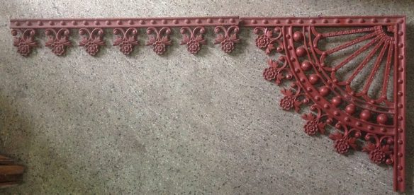 Original Victorian verandah lacework set, cast iron - grit blasted and coated with structural primer, daisy edge detail, 10 x corners h490 x w455mm, frieze length approx. 7.5m. Total length approx 12.3 metres salvage recycled demolition, reproduction restoration, renovation, collectable, secondhand, used, original, old, reclaimed heritage, antique restored