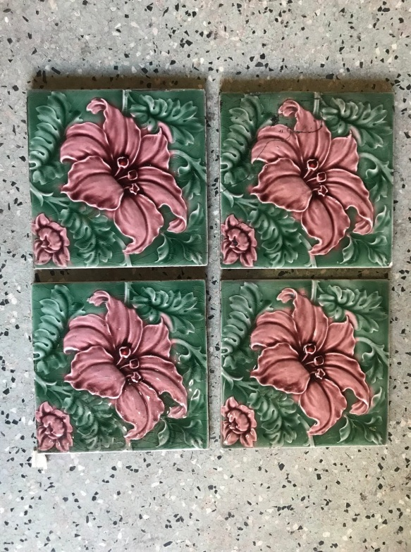 salvaged, recycled, demolition, reproduction, restoration, renovation, collectable, second hand, used, original, old, reclaimed, heritage, Victorian, Edwardia, Deco, Georgian 4 original picture tiles, one has been glued, $ 90 Set 54