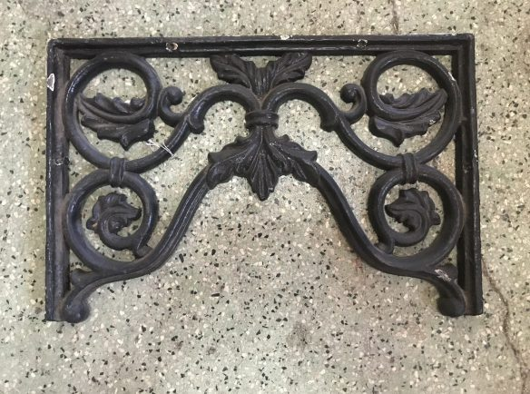 salvaged, recycled, demolition, reproduction, restoration, renovation, collectable, second hand, used, original, old, reclaimed, heritage, Victorian, Edwardia, Deco, Georgian original cast iron double corners , 485 mm wide x 320 mm, 4 available , $ 45 each