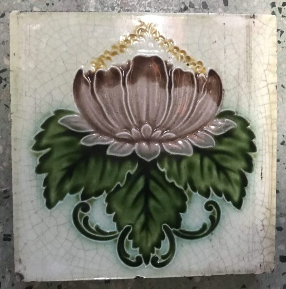 salvaged, recycled, demolition, reproduction, restoration, renovation, collectable, second hand, used, original, old, reclaimed, heritage, original Victorian picture tile , 6 inch x 6 inch, small chip to one corner , 2 available , $ 50 the pair . SET 73