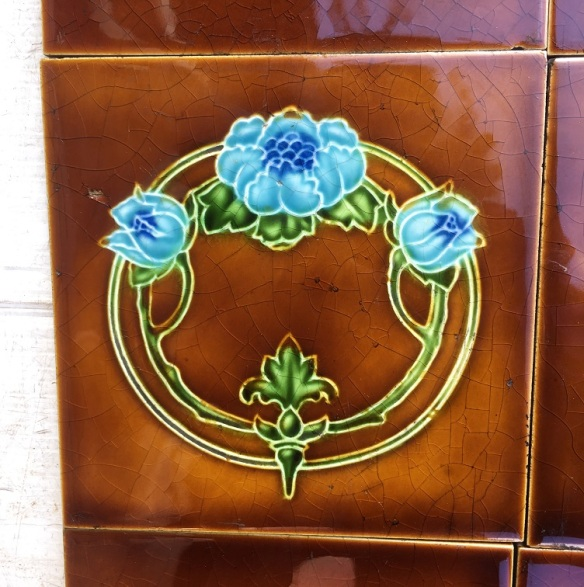 salvaged washstand recycled demolition, reproduction, restoration, renovation,collectable, secondhand, used , original, old, reclaimed, heritage, antique, victorian, edwardian, georgian art nouveau ceramic arts and crafts decorative aesthetic