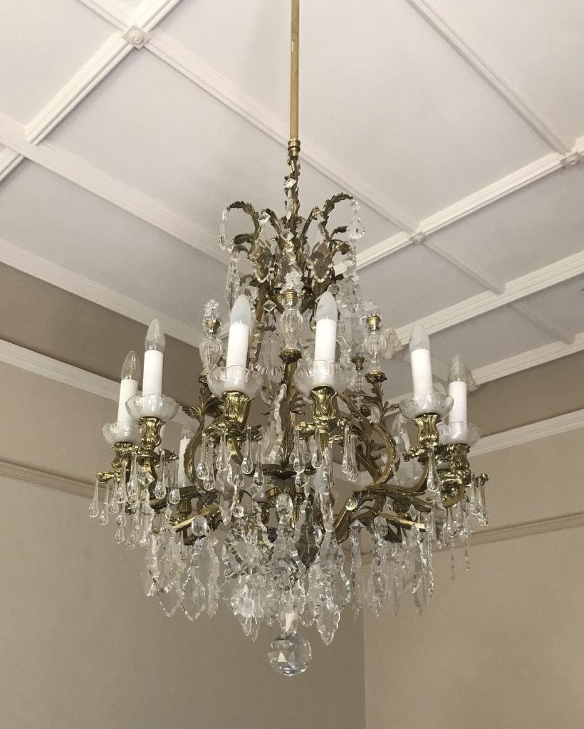 salvaged, recycled, demolition, reproduction, restoration, renovation,collectable, secondhand, used , original, old, reclaimed, heritage, antique, victorian, edwardian, georgian, deco Chandelier, 700 mm diameter , x 2000 mm drop, good condition, with only a few small decorations missing, $ 875