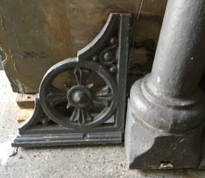 detail of brackets for Set of four original cast iron verandah posts