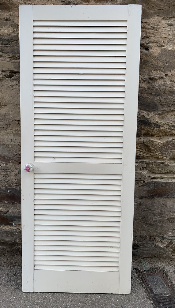 Timber door, solid panel but looks like louvres, 815 mm x 2025 mm, $150 salvaged, vintage recycled, demolition, reproduction, restoration, home renovation secondhand, used , original, old, reclaimed, heritage, antique, victorian, art nouveau edwardian, georgian, art deco