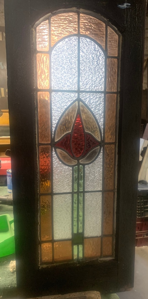 Small casement window ,salvaged, recycled, demolition, reproduction, restoration, home renovation secondhand, used , original, old, reclaimed, heritage, antique, victorian, art nouveau edwardian, georgian, art deco with leadlight ,760 mm x 310 mm , $ 220