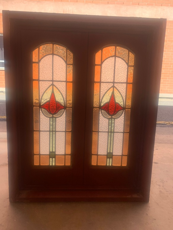 Nice casemsalvaged, recycled, demolition, reproduction, restoration, home renovation secondhand, used , original, old, reclaimed, heritage, antique, victorian, art nouveau edwardian, georgian, art decoent window with leadlight panels and original hardware , 837 mm x 670 mm , $ 525
