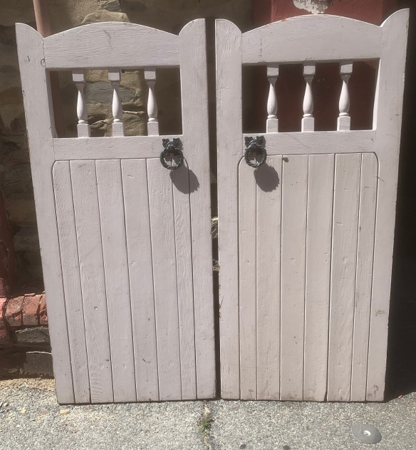salvaged, vintage 1900, 1910s, 1920s 1930 1940s recycled demolition reproduction, restoration, home renovation secondhand, used , original,old,reclaimed,heritage,antique, victorian,art nouveau edwardian, georgian,art decoPair of timber gates , each gate is 635 mm x 1400 mm , $ 85 the pair
