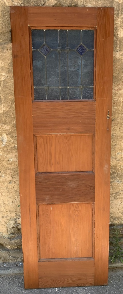 salvaged, vintage 1900, 1910s, 1920s 1930 1940s recycled demolition reproduction, restoration, home renovation secondhand, used , original,old,reclaimed,heritage,antique, victorian,art nouveau edwardian, georgian,art decoNarrow door with leadlight , ideal for pantry etc , 615 mm x 1875 mm , $ 220