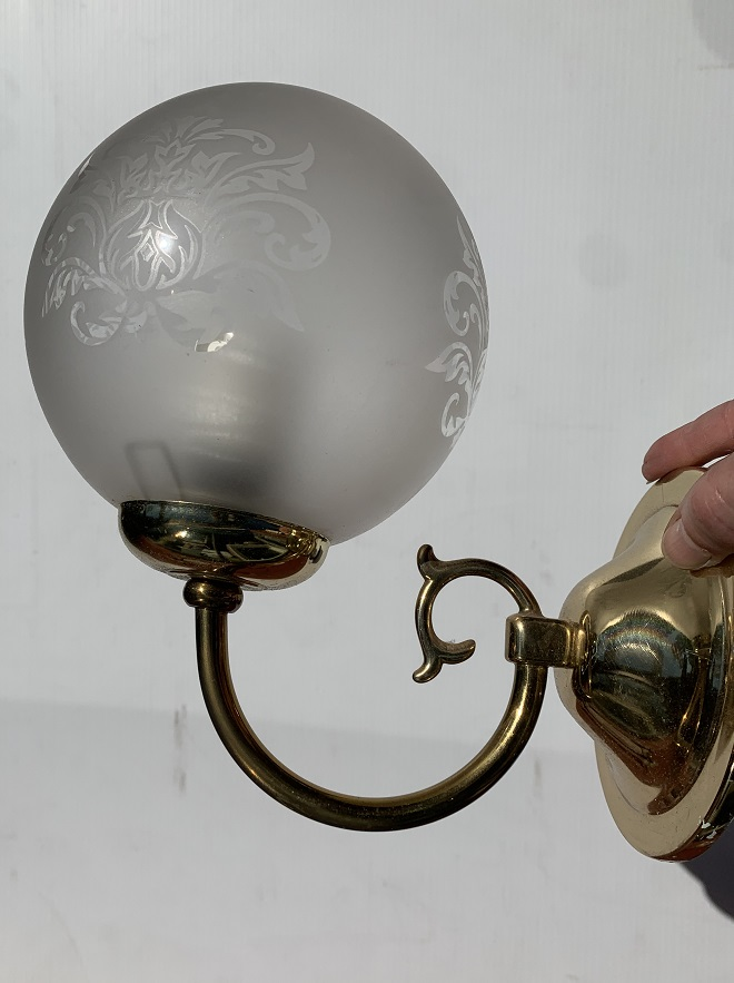 small wall light, etched glass ball shade, brass finish to base, shade diam approx 14cm, overall height 21cm, 1 available, $20 (UP) salvaged, recycled, demolition, reproduction, restoration, home renovation secondhand, used , original, old, reclaimed, heritage, antique, victorian, art nouveau edwardian, georgian, art deco