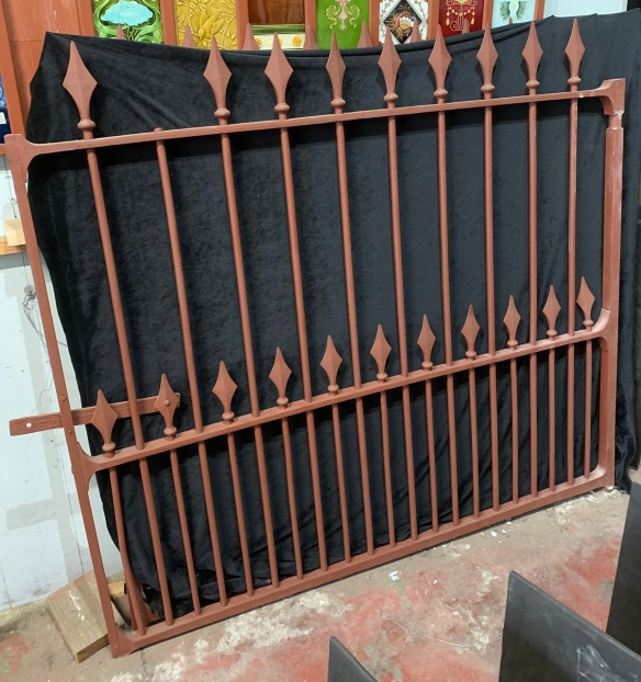 vintage salvaged 1800s 1900 1910 1920 1930 1940 1950 recycled demolition reproduction, restoration, renovation secondhand, used , original,old,reclaimed,heritage,antique, victorian,art nouveau edwardian, georgian,art decoPair of cast iron Victorian gates , 3370 mm wide ( tight ) x 1570 mm tall to top of spear ( NB we are repairing the missing spear on one gate ) $ 2700 the pair