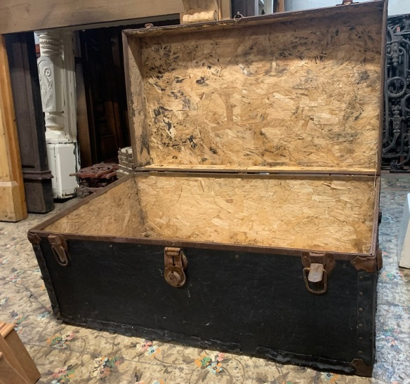Rustic trunk, some damage to base where it joins with side, possibly for wood storage $20