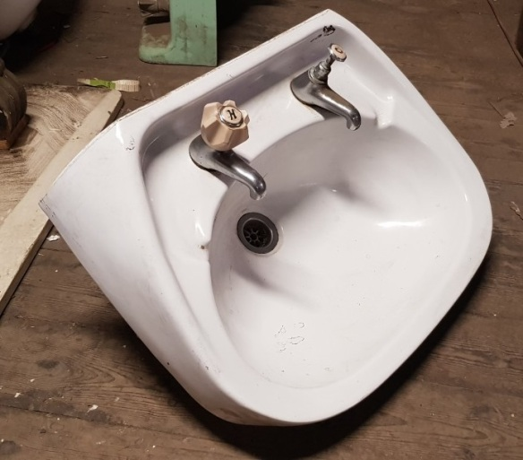 Porcelain hand basin, white, with taps 'L' $40 salvaged vintage recycled, demolition, reproduction, restoration, home renovation secondhand, used , original, old, reclaimed, heritage, antique, victorian, art nouveau edwardian georgian art deco